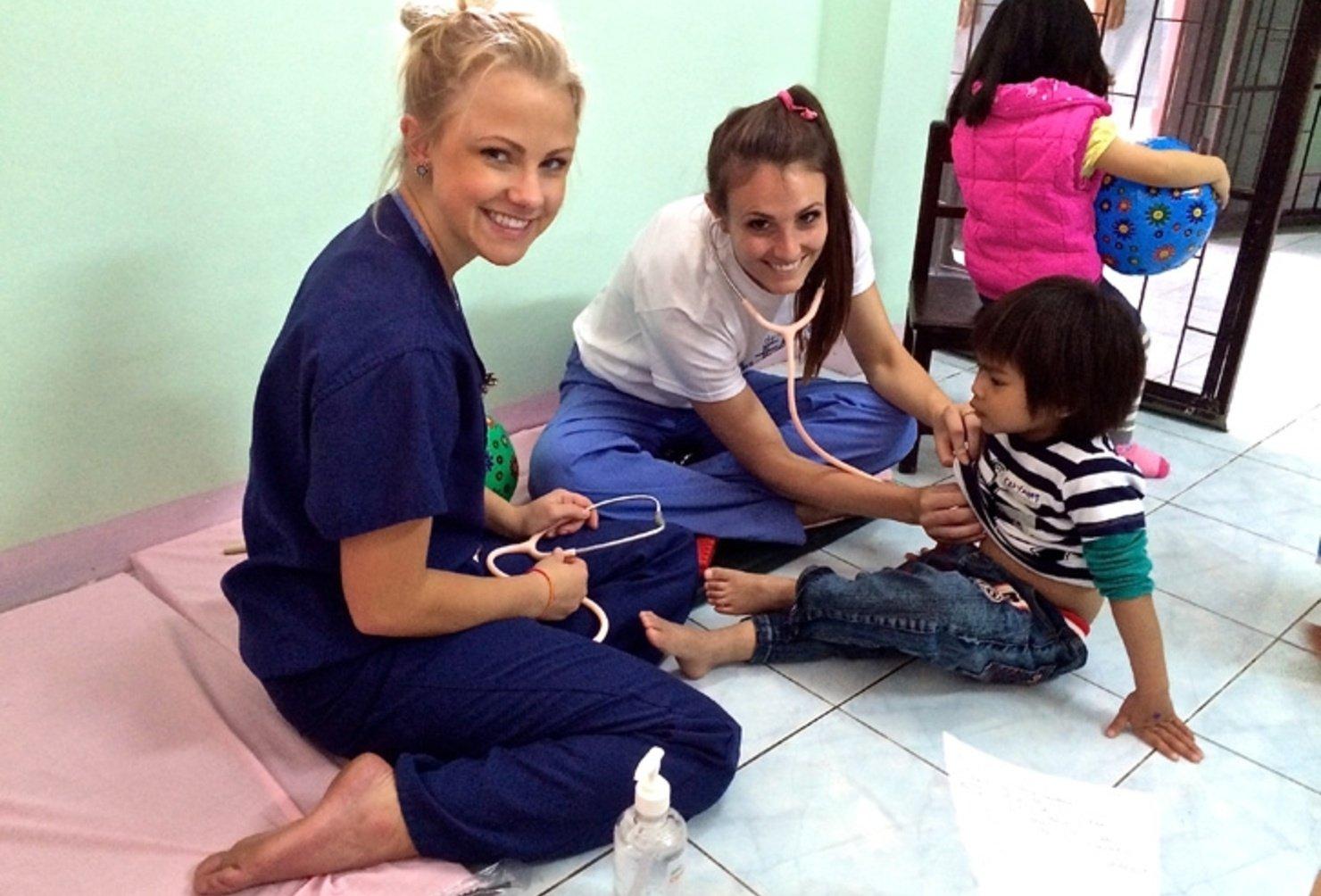 Thailand Medical Volunteers Real Gap Experience