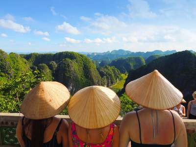 Explore Vietnam with a group